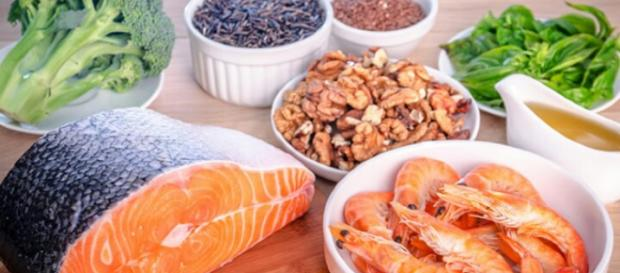 Fats fighting fats with omega-3 fatty acids. Image Credit: George Green / YouTube Screenshot