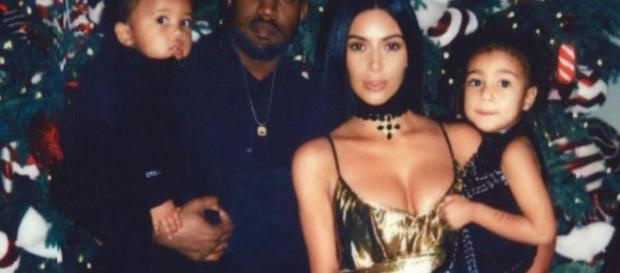 Kim Kardashian y Kanye West presume a sus hijos en Navidad ... - laprensa.hn