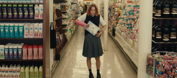 """""""Lady Bird"""" was one of the most acclaimed films released in 2017. [Image credit: A24/YouTube]"""