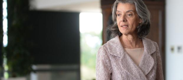 Presidente do STF, ministra Cármen Lúcia, sofre as mais variadas pressões na Suprema Corte