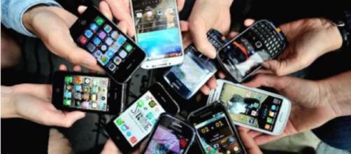 Decine di modelli di smartphone infettati da un pericoloso virus - Fonte: telegraph.co.uk