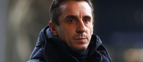 Gary Neville le ha dicho a Alexis Sánchez lo que tiene que hacer para mejorar en Man Utd