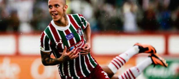 Ausência no domingo, Marcos Júnior deve enfrentar o Vasco na quara (Foto: Blog Verde, Branco e Grená)