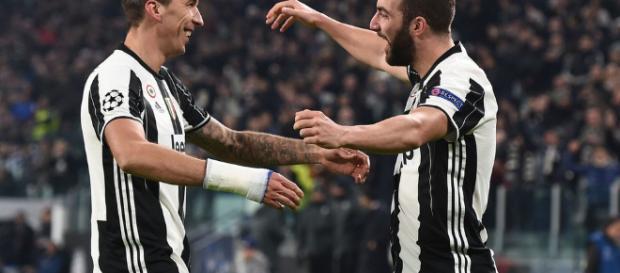 Higuaín anotó los dos goles para la Juve en el empate 2-2 en Turín hace tres semanas.