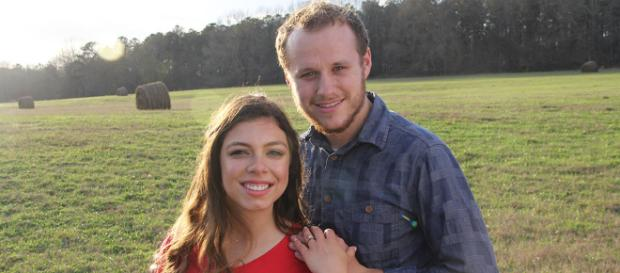 Josiah Duggar Is Engaged to Lauren Swanson: This Is an Exciting ... - eonline.com