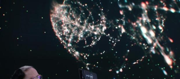 Si è spento Stephen Hawking: di lui si ricordano le celebri teorie scientifiche