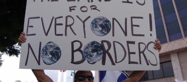 Democrats seem to want illegal immigrants to destroy America - [Image via welfarestate/Youtube screenshot]