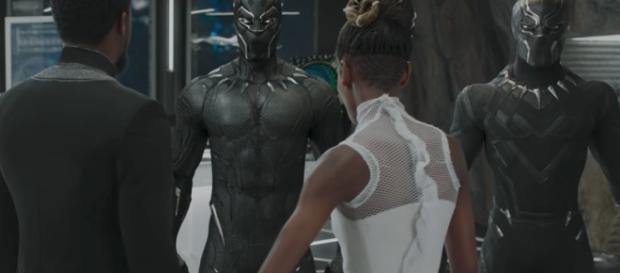 Trailer] Los poderes y misterios del traje de Black Panther - revistaxy.com