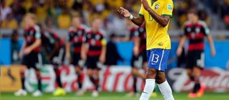El defensor de la selección nacional, podría fichar por el Palmeiras