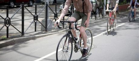 La bicicleta es el mejor transporte para traslados en la ciudad. - com.ar