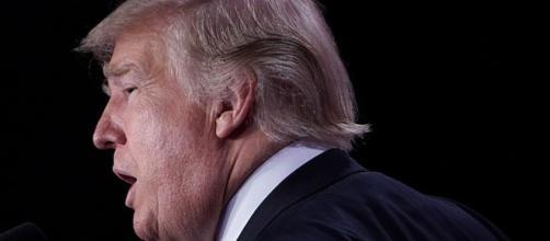 Demócratas califican política de Trump sobre Irán