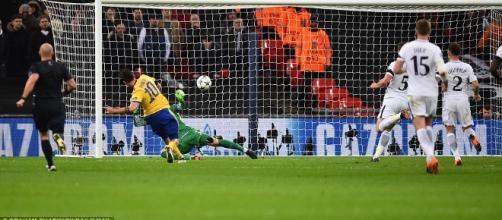 Dybala acaba con el sueño de los Spurs