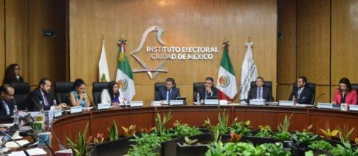 El IECM detectó que 100 mil firmas de González Zirión eran falsas ... - capital-cdmx.org