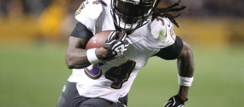 En este simulacro de draft, Jeremiah predice una selección bastante impactante para los Ravens .