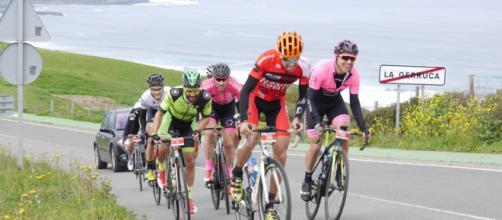 Entrenamiento: ¿Solo o acompañado? | Ciclismoafondo.es - ciclismoafondo.es