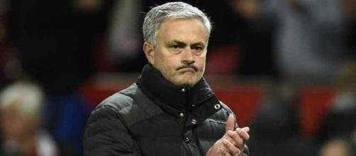 José Mourinho está treinando o Manchester United