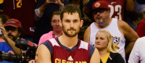 Kevin Love reveals the real reason he left the Cavs-Thunder game [Image by Erik Drost / Flickr]