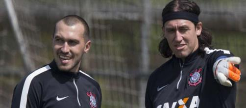 Os dois principais goleiros do clube perdem um concorrente