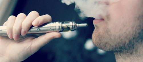 Photo of an e-cigarette -- credit to Vaping360 via Flickr.