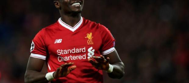 Sadio Mane está de buen humor y se dirige a Old Trafford