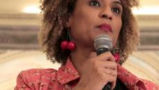 Luciano Huck inicia programa com homenagem a Marielle Franco