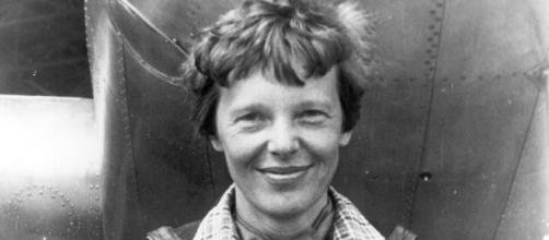 Amelia Earhart disappeared in 1937. [image source: Underwood & Underwood (active 1880 – c. 1950)/Wikimedia Commons]