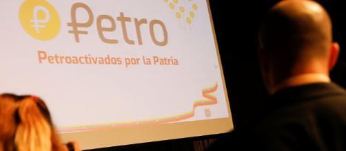 """El Petro: Un hiper-devaluado bolívar """"fuerte"""""""
