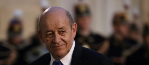 Le Drian et le PS: «Aucun membre du gouvernement» ne pourra voter ... - liberation.fr