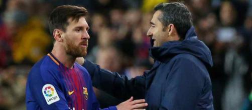 Leo Messi com o treinador Ernesto Valverde