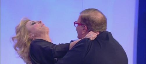 Passo falso di Uomini e Donne: il cavaliere Domenico indigna gli internauti.