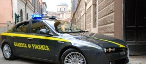 Savona: scambiano caserma per un cantiere