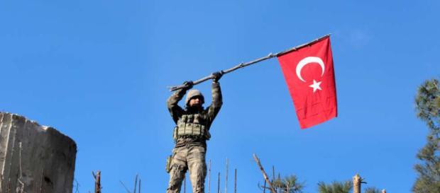 Bundesrat soll Türkei-Einmarsch in Syrien verurteilen - Blick - blick.ch
