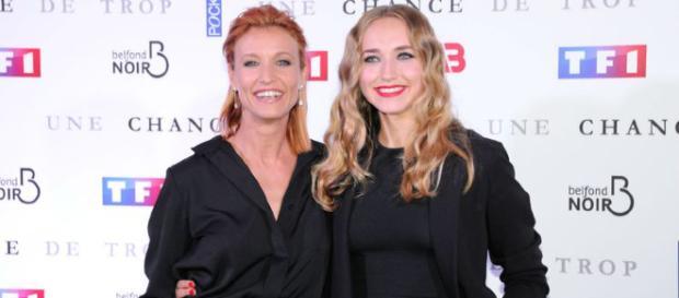 Droits des femmes : Alexandra Lamy réveille sa fille avec son discours engagé !