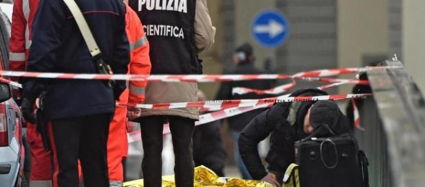 Firenze choc, italiano uccide un uomo di colore. Sul ponte scatta ... - leggo.it
