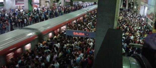 Historia de un Venezolano en el metro de Caracas