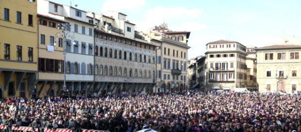 Mii de suporteri ai Fiorentinei și-au luat adio de la căpitanul echipei