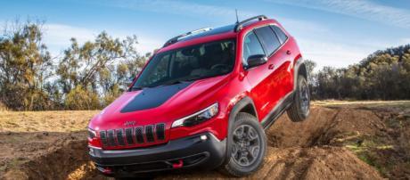 2019 Jeep Cherokee (foto - slashgear.com)