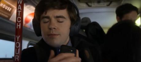 Freddie Highmore and his castmates can do more than dream of Season 2 for 'The Good Doctor.' Screencap Celeb interview/YouTube