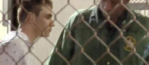 """Creí que el atacante, o los atacantes, estaban fuera"""": agente ... - univision.com"""