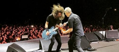 Dave Grohl y Pat Smear quienes dieron un alucinante show