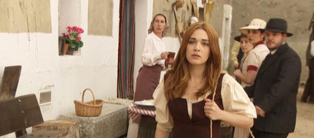 Il Segreto anticipazioni al 16 marzo: a Puente Viejo arriva Julieta