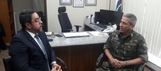 Juiz Marcelo Bretas se reuniu com general Walter Braga Nettos para tratar da intervenção federal no RJ. (foto reprodução)