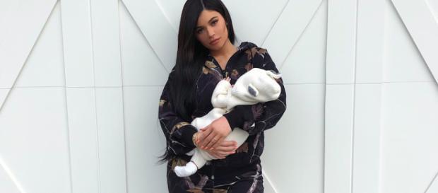 Keeping Kylie Jenner's pregnancy secret was a lot of work. [Image via Kylie Jenner/Instagram]