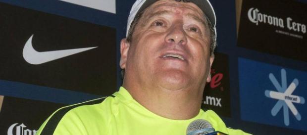 Miguel Herrera adelantó la alineación que utilizará contra León.
