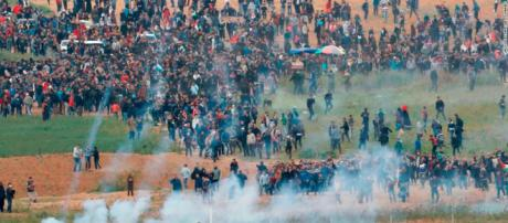 Gaza: 17 Palestinians killed in confrontations with Israeli forces ... (Image Credit: CNN/Youtube screencap)