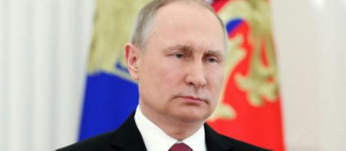 Russia expels US diplomats and closes consulate. [Image Credit: Paul Tassi / YouTube]