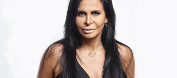 Gretchen: cantora, youtuber, empresária e atriz.