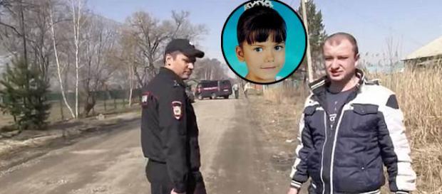 Polițist rus acuzat de violarea și uciderea unei fetițe de 10 ani la reconstituire - Foto: Daily Mail (© The Siberian Times)