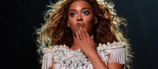 Se descubrió quién mordió a Beyoncé | Breinguash - breinguash.com