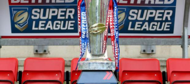 The Super League trophy is now the most highly-coveted trophy. Image Source - thesportsman.com